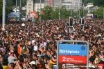 Třetí fotky ze Street Parade - fotografie 36