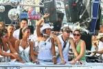 Třetí fotky ze Street Parade - fotografie 45
