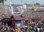 Druhý fotoreport z Loveparade v Duisburgu - fotografie 150