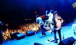 Fotky z festivalu Uprising - fotografie 24